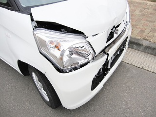 交通事故に遭った時、あなたはどうしますか?